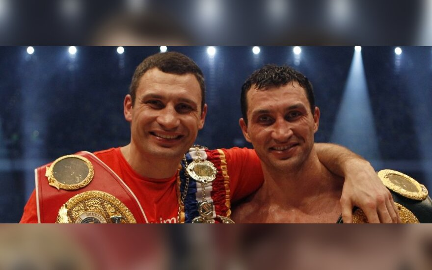 Кличко не уйдут из бокса без пояса WBA