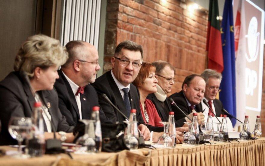 Буткявичюс опасается, что заявления Успасских против президента создадут проблемы