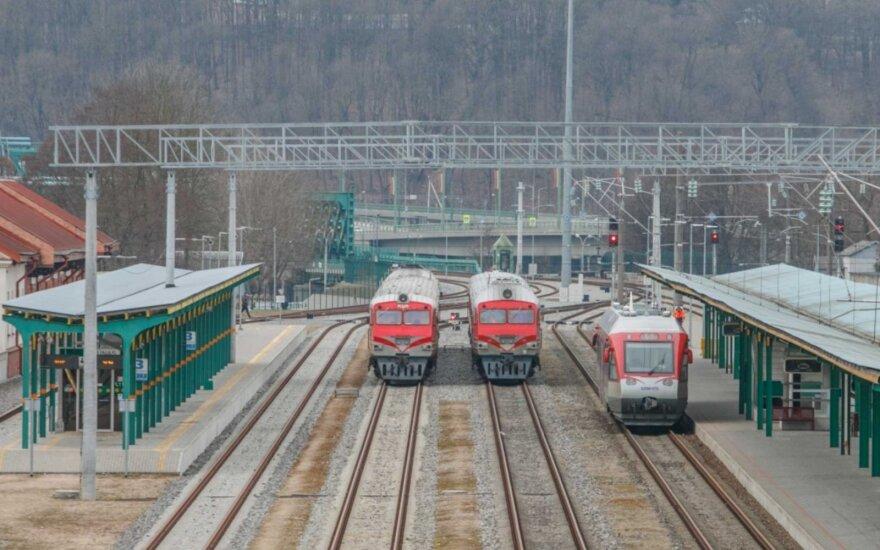 Darbai prie Kauno geležinkelio stoties