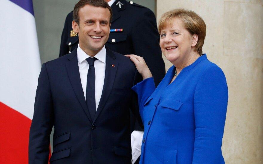 Берлин и Париж призывают Путина и Порошенко поддержать перемирие в Донбассе