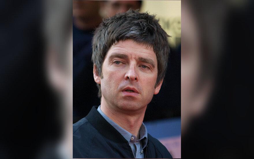 """Noel Gallagher, grupė """"Oasis"""""""