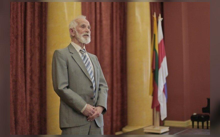 Умер многолетний лидер белорусов Литвы