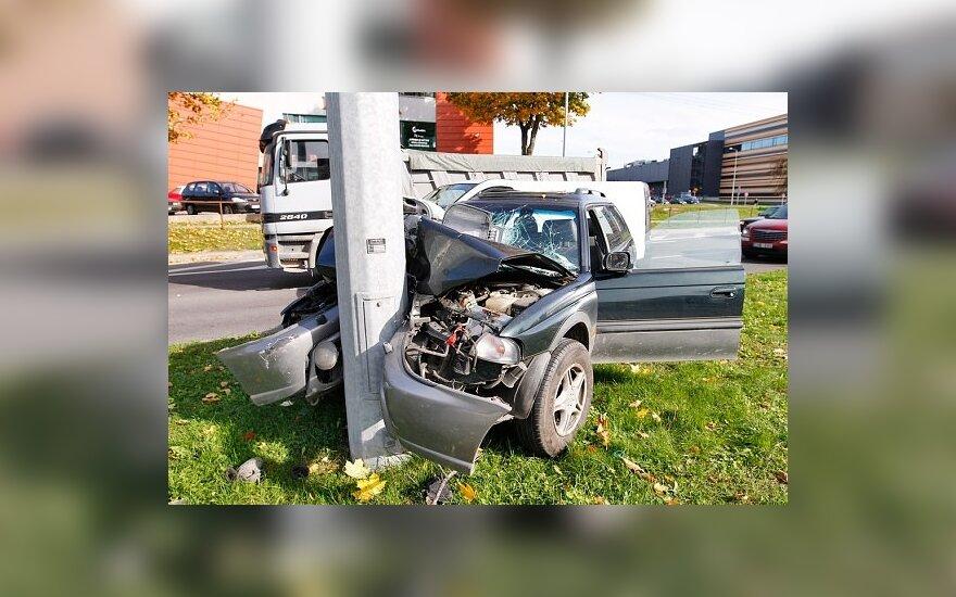 В Вильнюсе женщина разбила свою Subaru