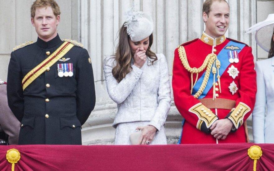 Принц Уильям обогнал по популярности британскую королеву
