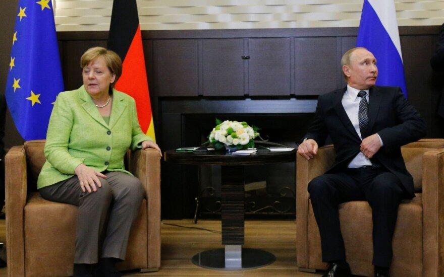 Меркель примет Путина 18 августа