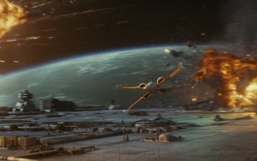 """Kadras iš filmo """"Žvaigždžių karai: Paskutiniai džedajai"""""""