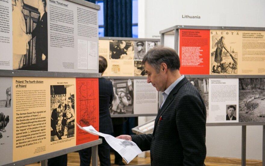 """Организаторы выставки """"Разные войны"""" ответили на претензии литовских политиков"""
