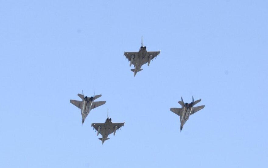 Myśliwce 8 członków NATO rozpoczęły trening w krajach bałtyckich