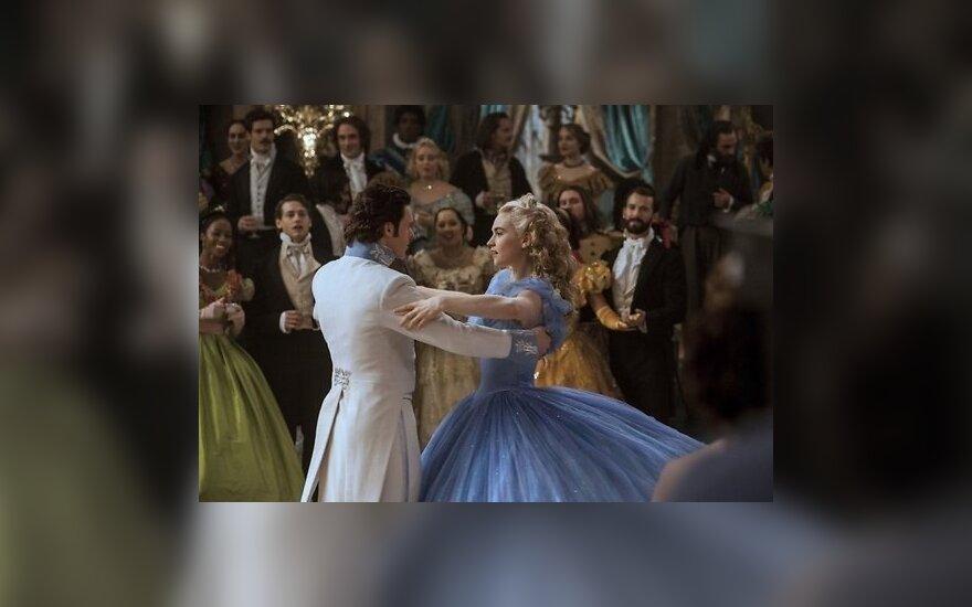 """ВИДЕО: """"Золушка"""" - новая история от Disney"""