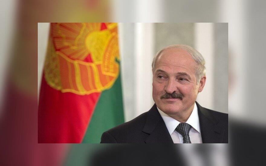 Лукашенко намерен в ближайшее время отреагировать на ряд заявлений в СМИ и интернете