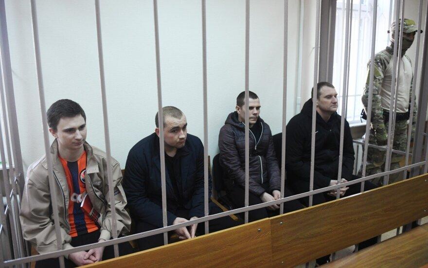 Ukraina reikalauja paleisti Rusijoje laikomus jos jūreivius