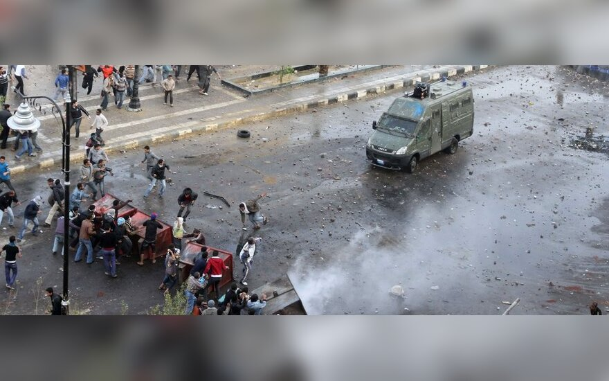 Демонстранты в Каире начали штурм здания МВД