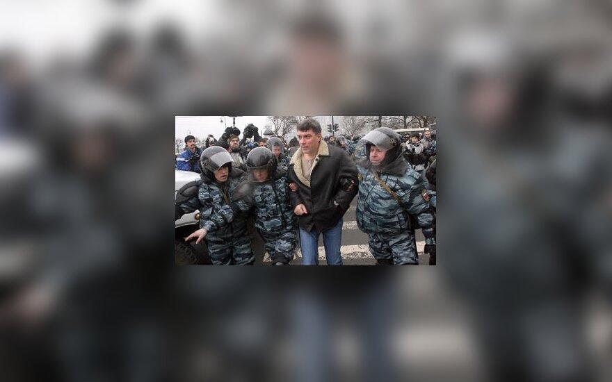 Немцов будет агитировать в чебуречных Сочи
