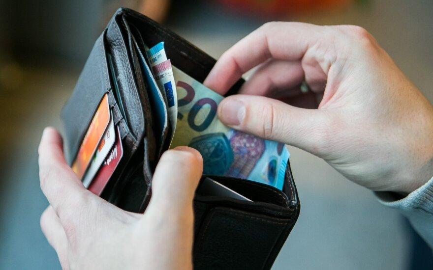 Преданы огласке зарплаты, которые литовские работодатели платят работникам