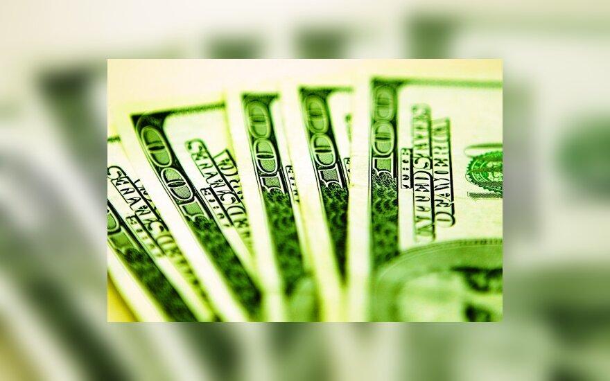Россия по-прежнему доверяет доллару