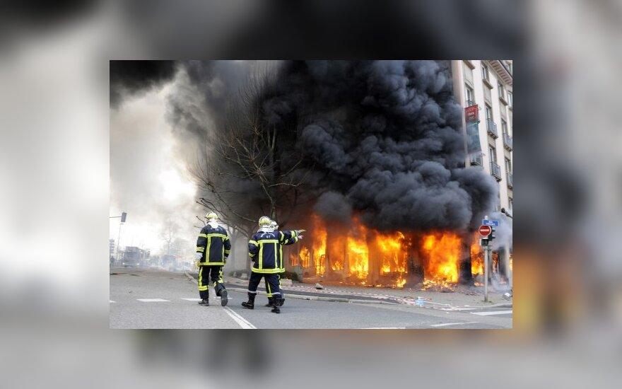 Германия: активность правоэкстремистов пошла на убыль