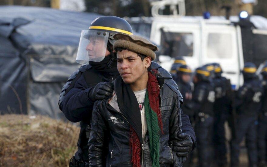 Национальное собрание Франции ужесточило миграционное законодательство
