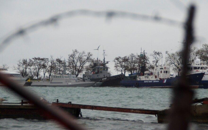 Меркель и Макрон потребовали от России немедленно освободить украинских моряков без каких-либо условий
