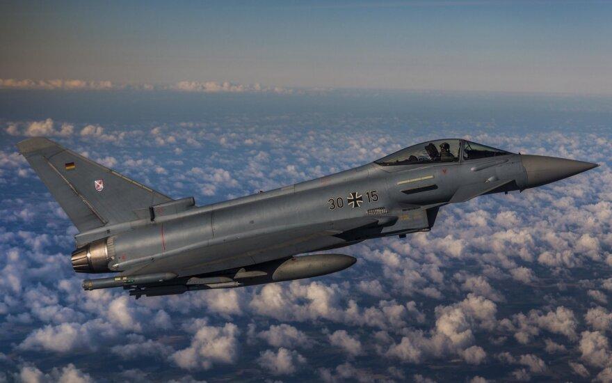 Истребители воздушной полиции НАТО дважды сопроводили бомбардировщики РФ