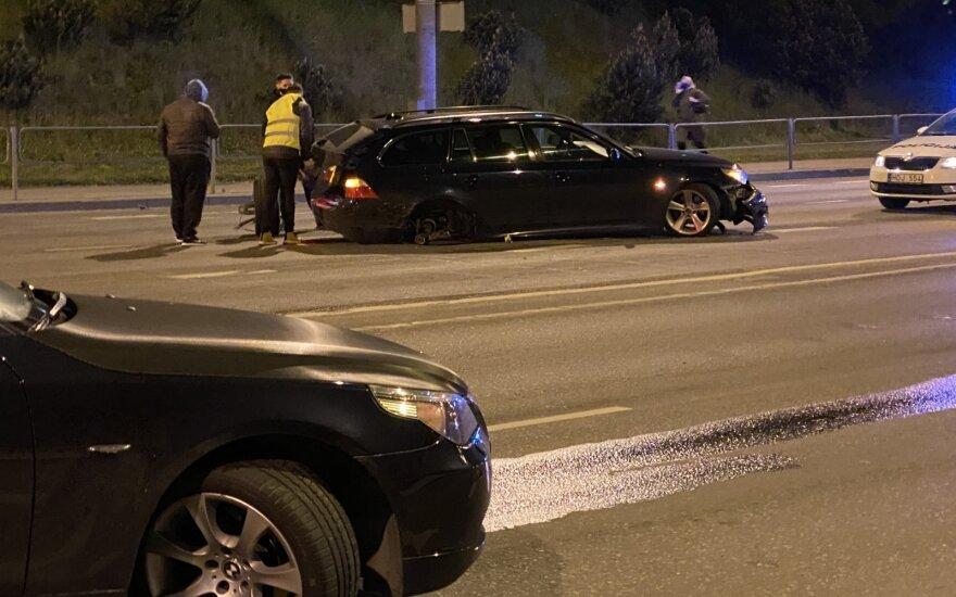 Столкновение двух BMW в Вильнюсе: виновник ДТП был пьян