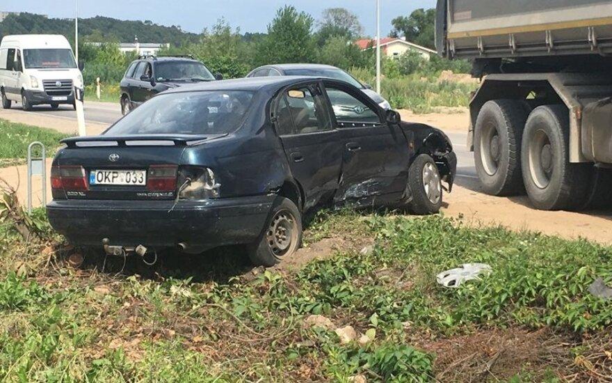 Треть ДТП в Литве происходит по вине молодых водителей