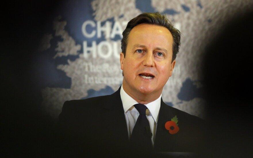 Premier Cameron uwziął się na Polaków i innych imigrantów