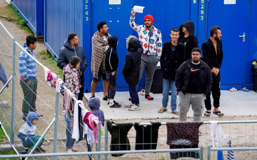 МВД: отклонено более 560 прошений об убежище, Литву покинули 130 мигрантов