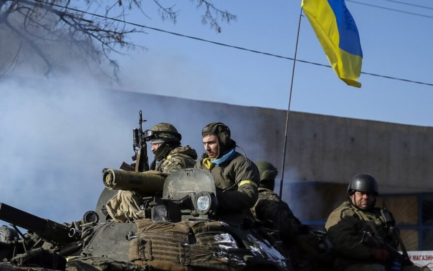 ОБСЕ: перемирие нарушается только в районе Дебальцево