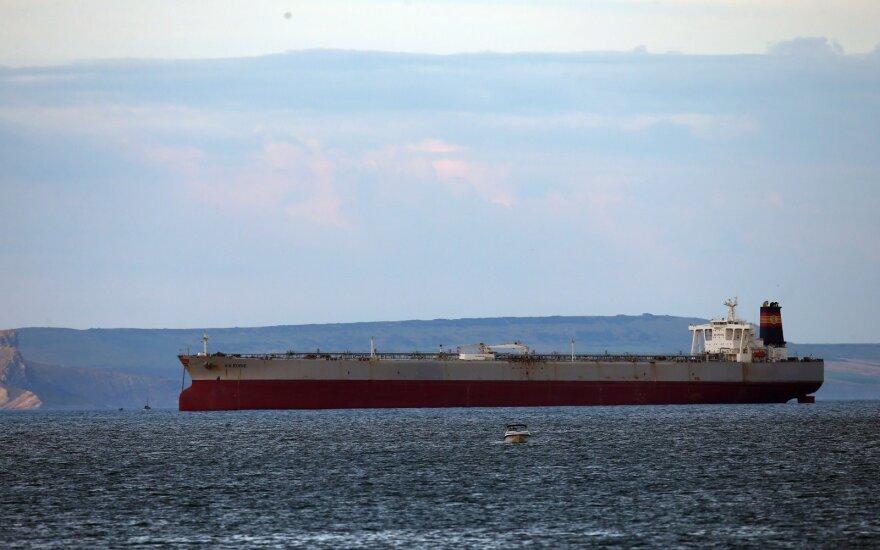 ОПЕК и другие нефтедобывающие страны не договорились сократить добычу