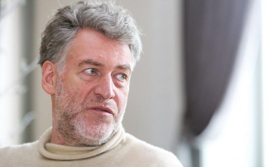 Троицкий назвал песню Шнурова пределом цинизма