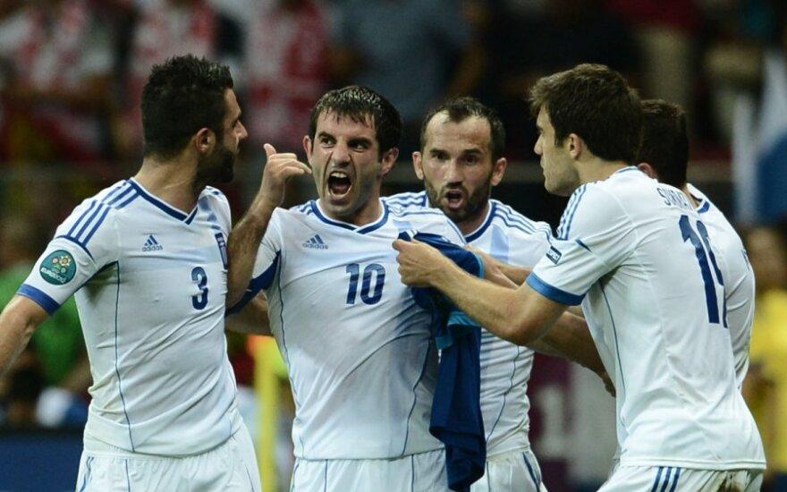 Georgios Karagounis kartu su komados draugais džiaugiasi įmuštu įvarčiu