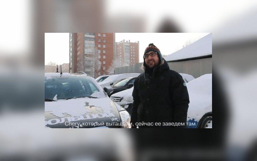 Разговор на автостоянке: что делает телевидение с россиянами
