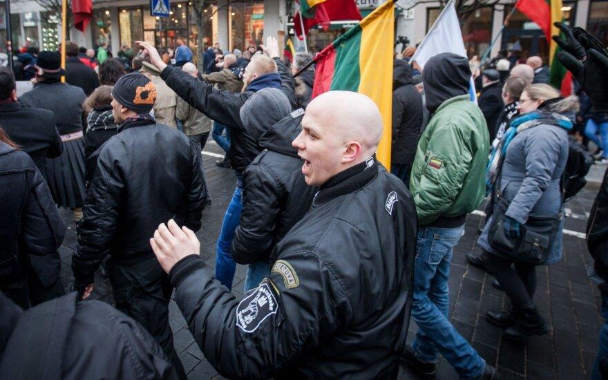 """""""Литва – для литовцев"""": около тысячи человек участвовали в националистическом шествии"""