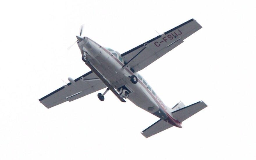 В Великобритании упал и загорелся легкий самолет, есть погибшие