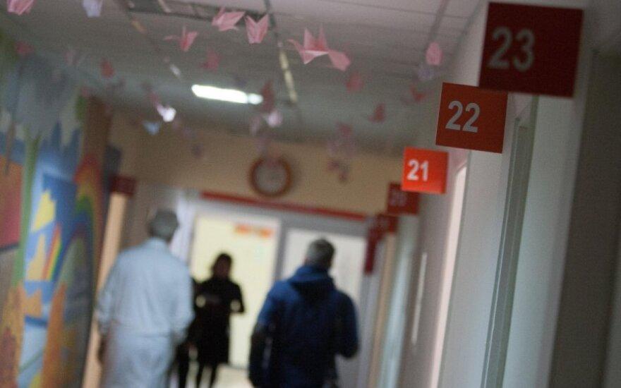 Врачи предупреждают: в этом году в Литву пришел коварный вирус