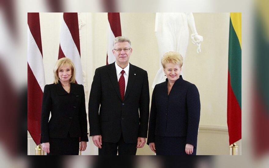 Valdis Zatleras su žmona Lilita ir Dalia Grybauskaitė