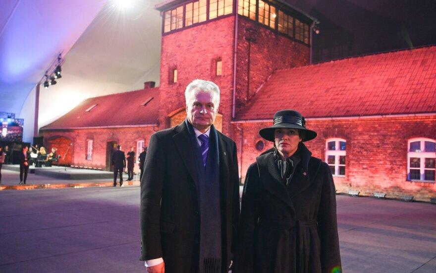 Президент Литвы в Освенциме почтил память жертв Холокоста