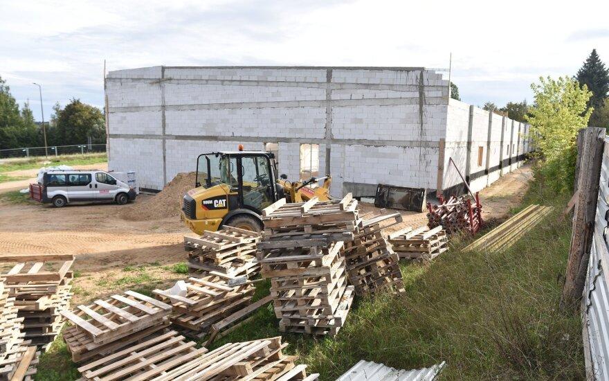 У границы с Литвой поляки строят новый торговый центр