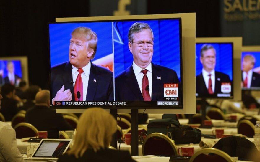 Donaldas Trumpas, Jebas Bushas