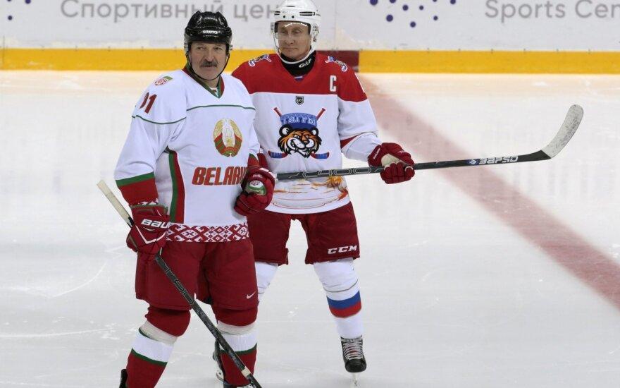 Rusijos prezidentas Vladimiras Putinas ir jo Baltarusijos kolega Aleksandras Lukašenka