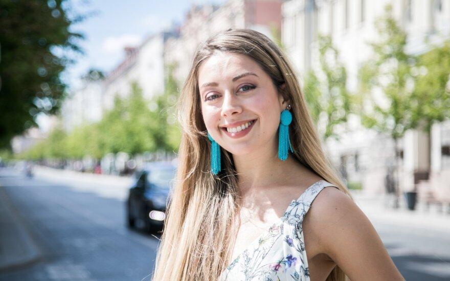Aliona Alymova