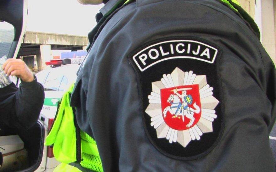На работу в полицию – с улицы?