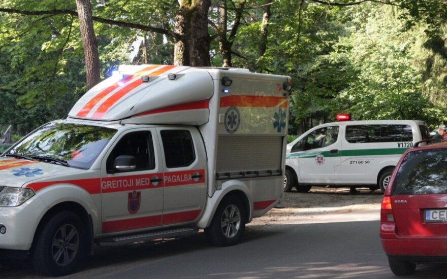 Из-за аварии на дороге Вильнюс-Молетай образовалась пробка в несколько километров