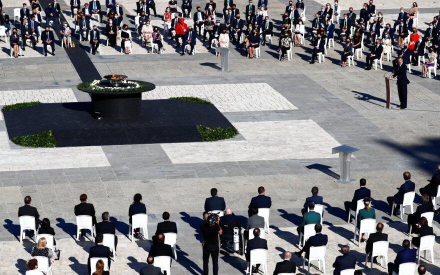 Ispanijos Karalius Pilypas VI koronaviruso aukų pagerbim oceremonijoje