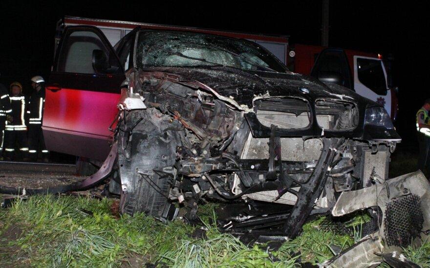 ДТП под Вильнюсом: водитель сбежал, оставив пострадавших