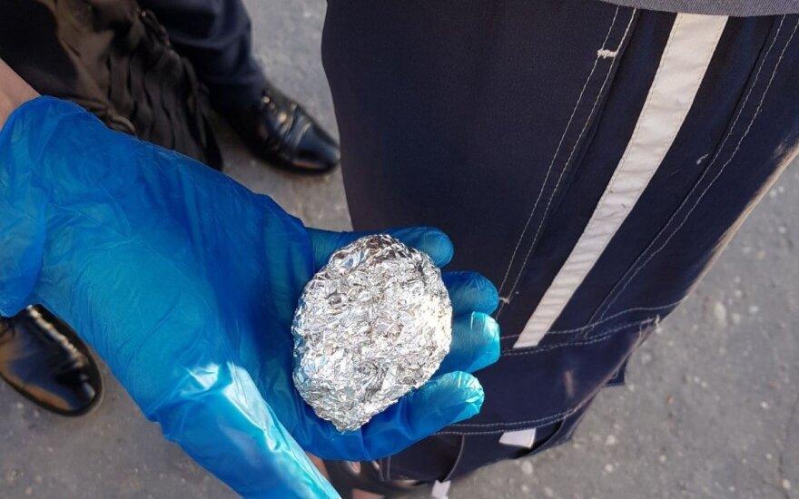 В Мажейкяй полиция задержала распространителей наркотиков и их клиентов