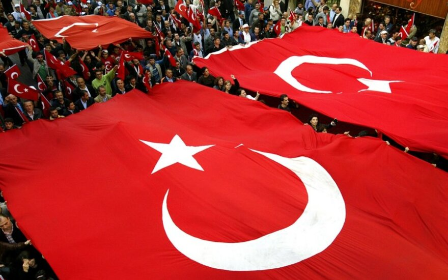 Turcja: Hitler reklamuje szampon