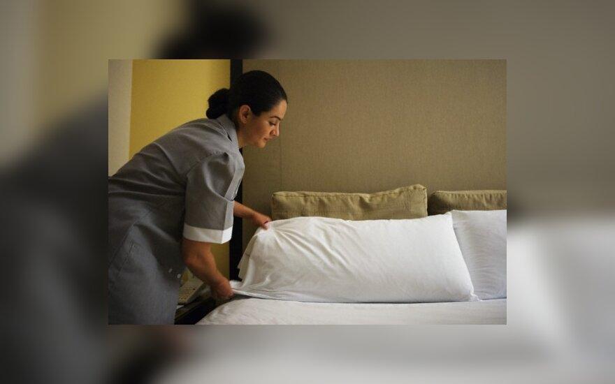 Парламентарии письменно объяснят, что делали в гостиницах