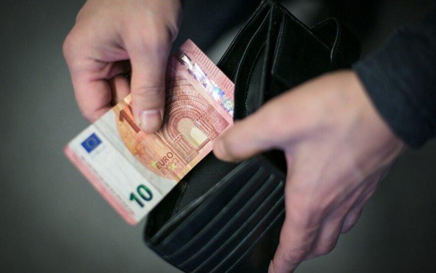 Pinigai mokesčiams
