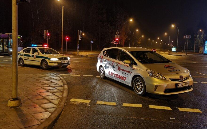В Вильнюсе водитель такси на переходе сбил пешеходов